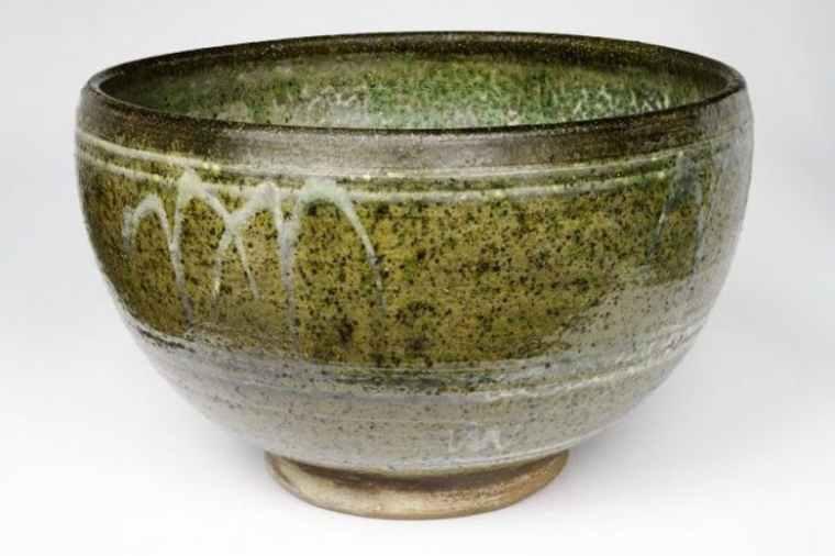 michael-cardew_rose-bowl-e1503060455252